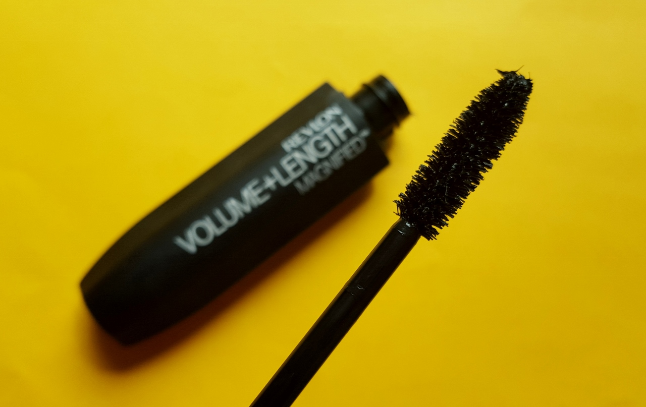 RevloVolume and Length Magnified Mascara - By Megan Kelly