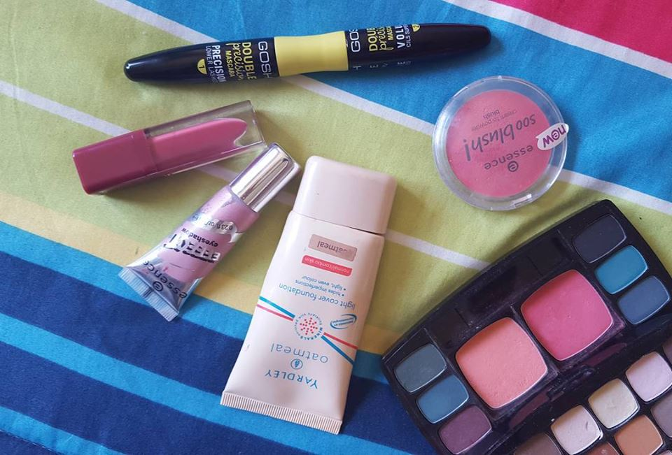 Travel Makeup - By Megan Kelly