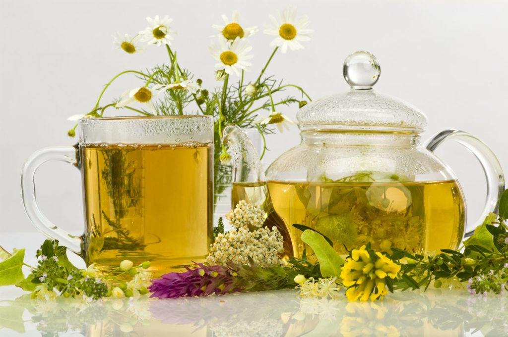beauty uses of chamomile - By Megan Kelly