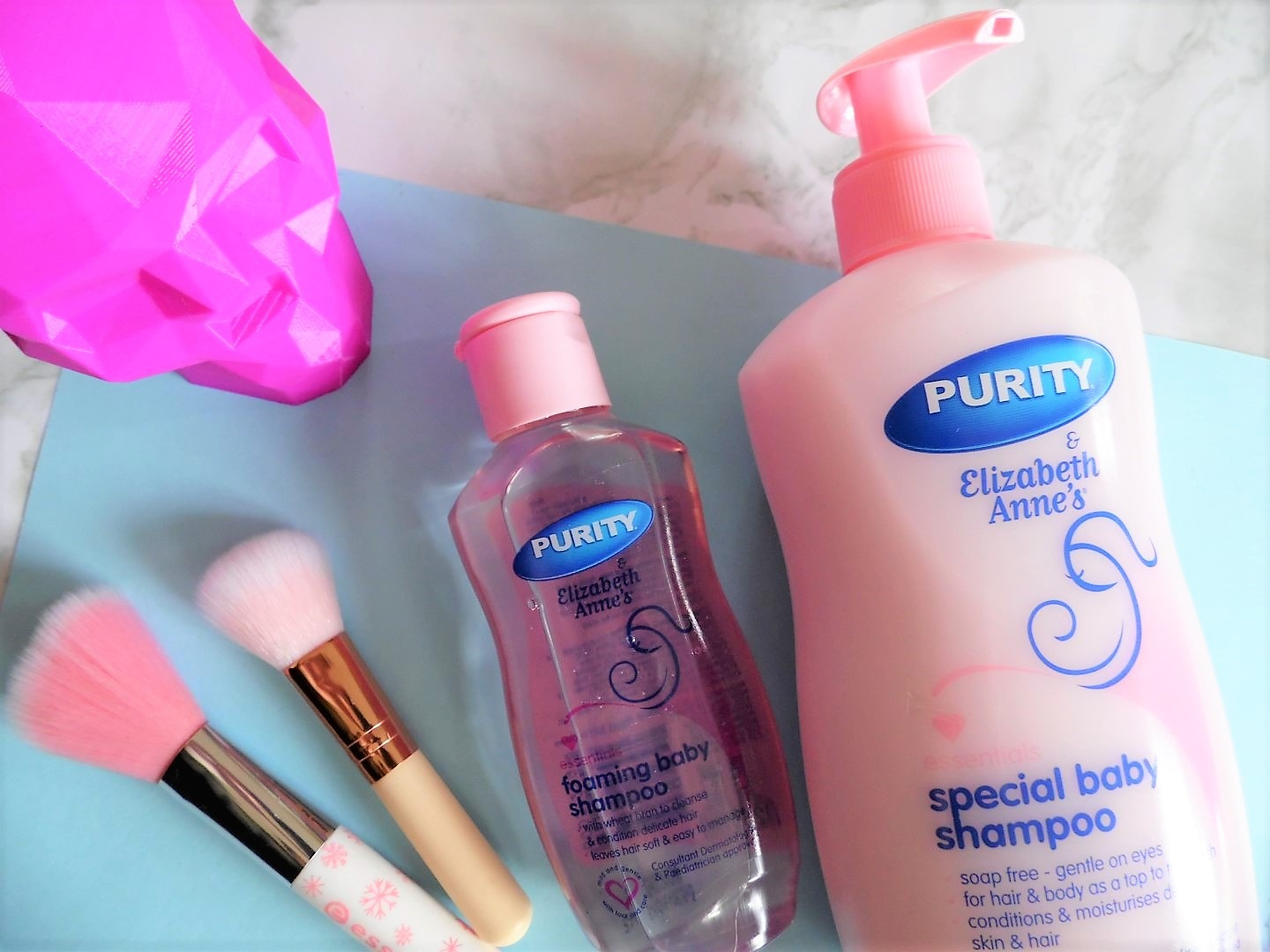 beauty hacks with baby shampoo - By Megan Kelly