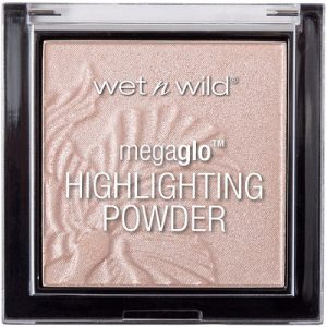 MegaGlo Highlighting Powder - By Megan Kelly