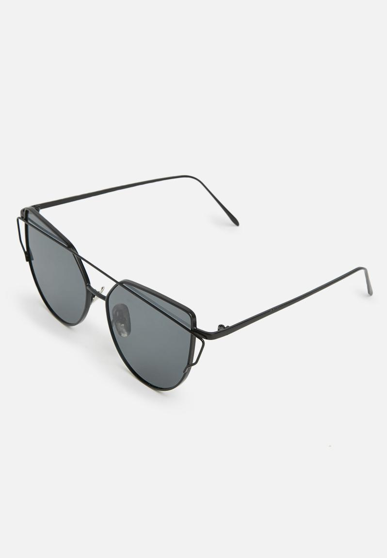 Superbalist Alia sunglass R99 - By Megan Kelly